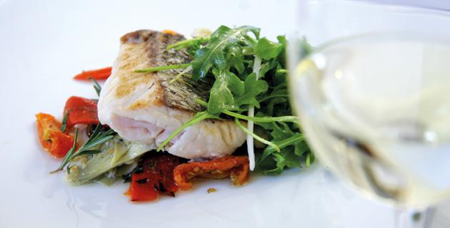 Welchen Wein trinkt man zu Fisch und Meeresfrüchten?